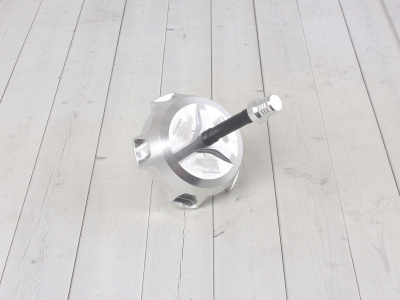Крышка бензобака CNC FR серебряная фото 1