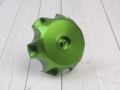 Крышка топливного бака алюминиевая d-48,5 мм зеленая фото 1