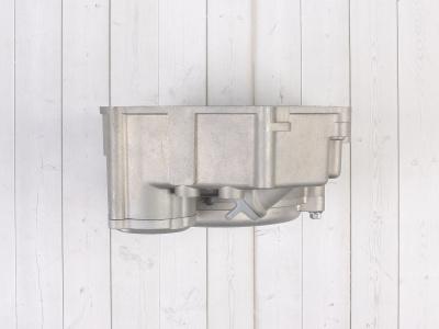 Крышка правого картера двигателя  YX 150-5 фото 9