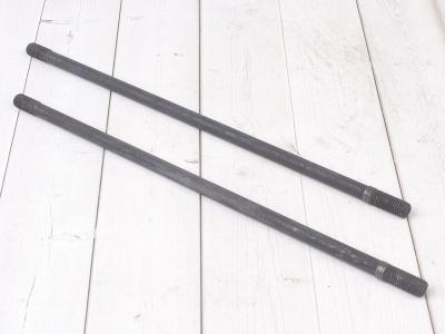 Шпильки цилиндра левые (2шт.) KAYO двиг. YX140Е  фото 1