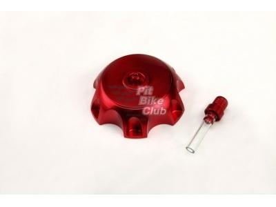 Крышка бензобака CNC красная фото 1