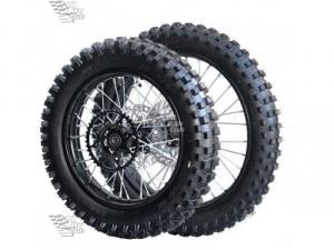 Комплект колес КРОСС 14-17 428 в сборе с резиной,торм.дисками и звездой