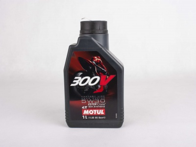 Масло Motul 4T 300 V 4T FL Road Racing SAE  5W30  (1 л) фото 1