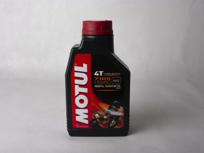 Мотор/масло MOTUL 7100 4T SAE 15W50 (1 л) фото 1
