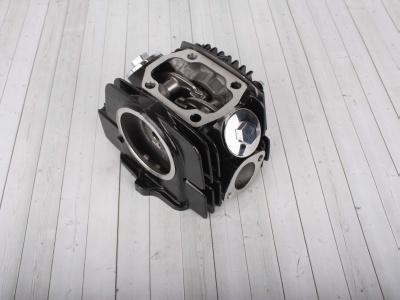 Головка цилиндра в сборе с распредвалом двиг. YX125 см3 153FMI/154FMI (чугун. цил.) фото 1