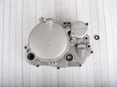 Крышка правого картера двигателя  YX 150-5 фото 1