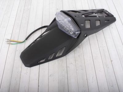 Крыло заднее со стоп сигналом и габаритами LED фото 1