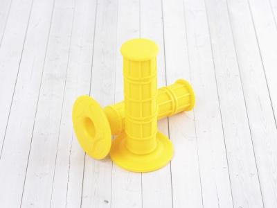 Ручки руля (грипсы) желтые фото 1