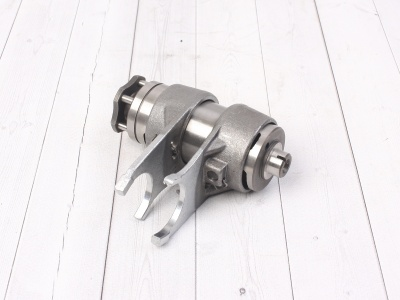 Вилки переключения передач в сборе двиг. YX125,140 см3 SM-PARTS фото 1