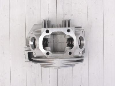 Головка цилиндра в сборе с распредвалом двиг LF120, YX140 см3 фото 9