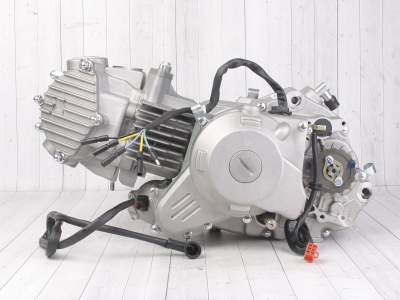Двигатель в сборе YX 1P60FMJ (WD150) 150см3, электростартер фото 3